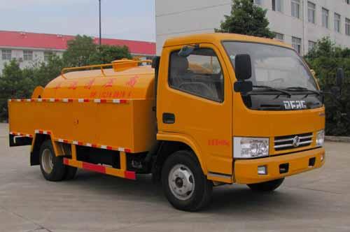 火狐体育官网注册牌SZD5040GQX5型清洗车