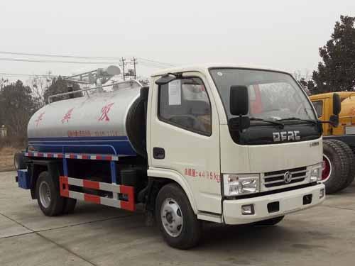 火狐体育官网注册牌SZD5040GXE5型吸粪车