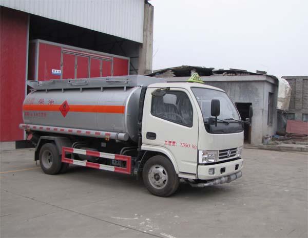 炎帝牌SZD5070GJY5E型加油車
